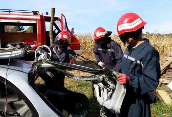 Vatrogasno vozilo i oprema za DVD-e Donji Mosti stigla iz Francuske
