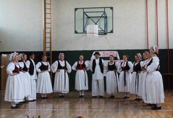 Održana 18. Županijska smotra izvornog folklora u Novoj Rači