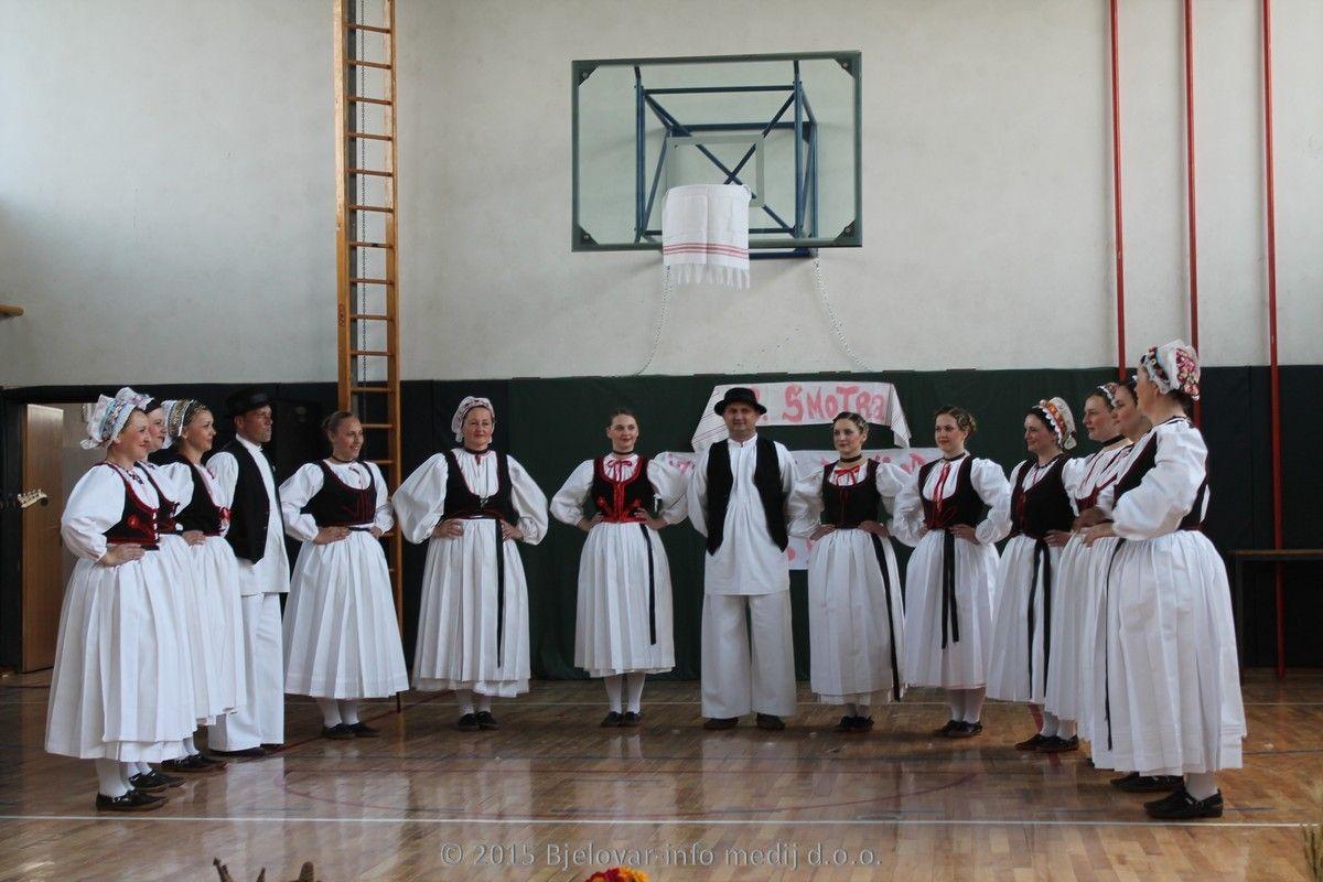 2015 folklor vitez trnski 04