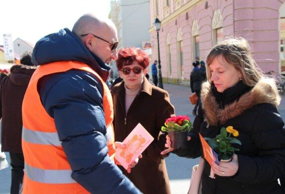 Cvijeće i poruka za Dan žena od Hrvatskih laburista – Stranke rada BBŽ