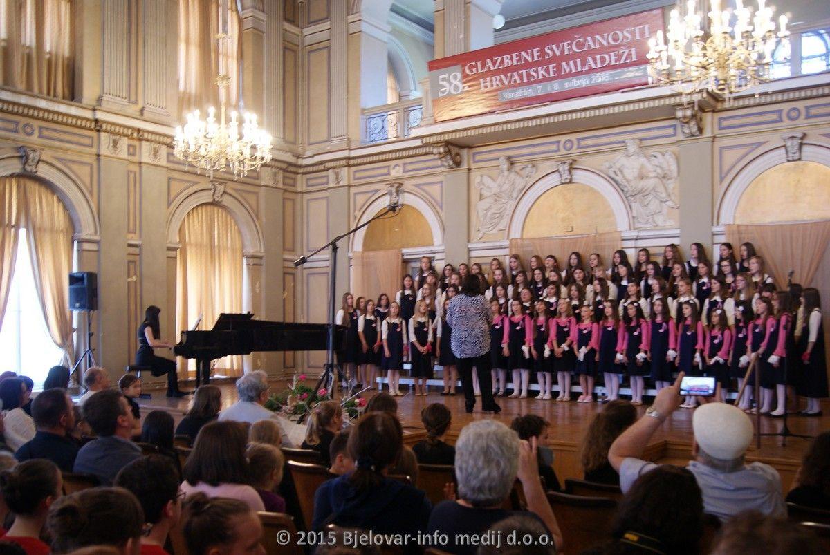 2015 pjevacki zbor cazma