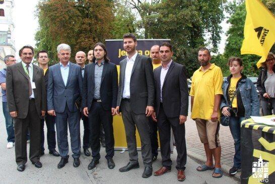 Živi zid u Bjelovaru predstavio kandidate, program i osvrnuo se na probleme u zdravstvu