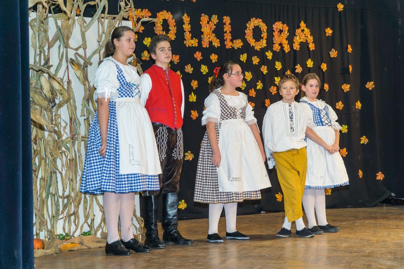 Održana tradicionalna Večer folklora Češke OBEC u bjelovarskom Domu kulture