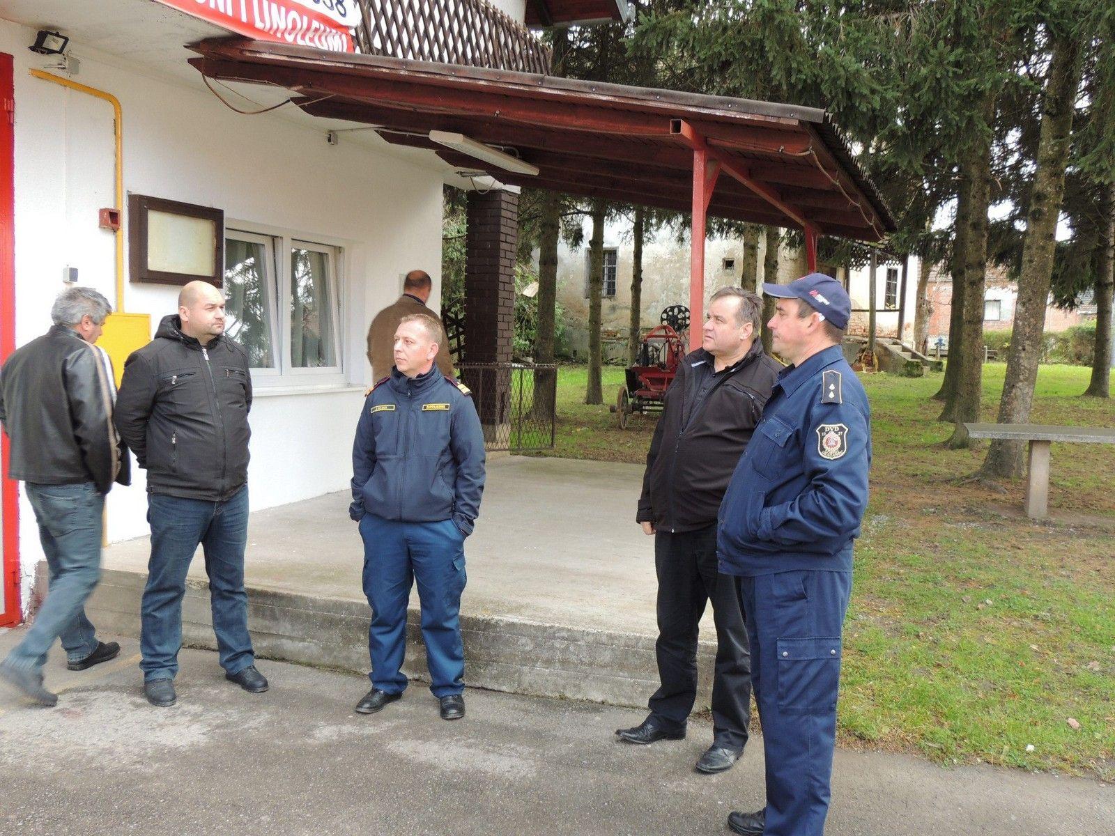 Grad Čazma uložio 50 tisuća kuna u obnovu vatrogasnih domova u Bojani i Gornjem Dragancu