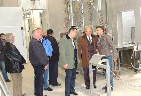 Župan Bajs obišao novoizgrađenu klaonicu u Poslovnoj zoni Općine Štefanje