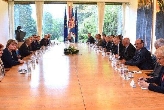 Načelnik Općine Rovišće Slavko Prišćan predsjednici RH skrenuo pozornost na probleme ruralnih