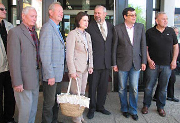 Damir Bajs i Antun Korušec posjetili Dom umirovljenika u Bjelovaru