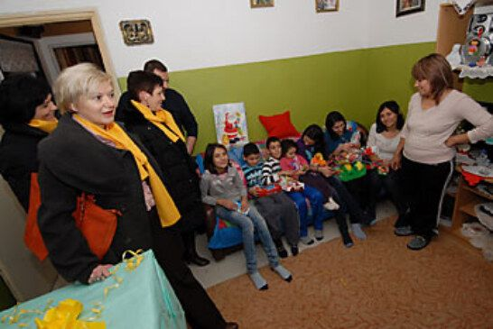 HSLS darivao deseteročlanu obitelj Radanac u Malim Sredicama