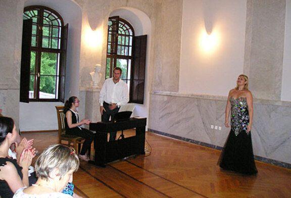 Koncert sopranistice Kristine Anđelke Đopar i pijanista Tomislava Milića u dvorcu grofa Janković