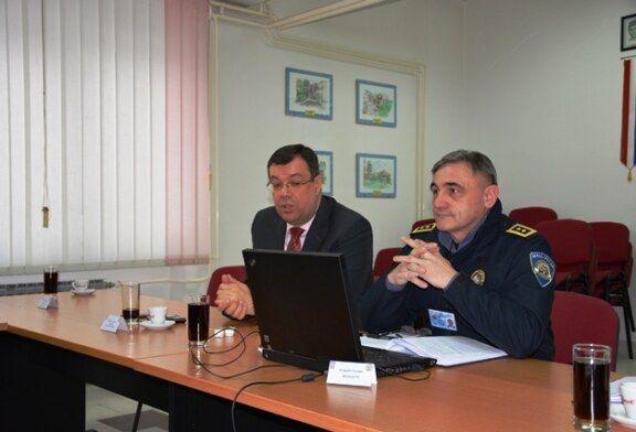 Župan Bajs sa suradnicima nazočio radnom sastanku u PU Bjelovarsko-bilogorskoj