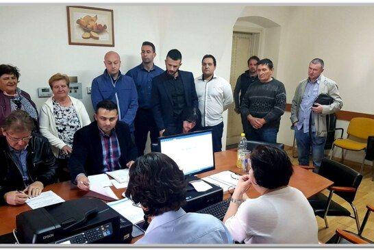 Ante Topalović, HDZ-ov kandidat za gradonačelnika Bjelovara predao potpise za kandidaturu