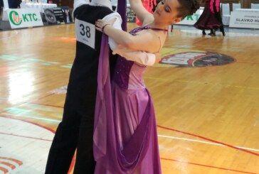 Bjelovarski plesni par Petar i Erna četvrti u Križevcima