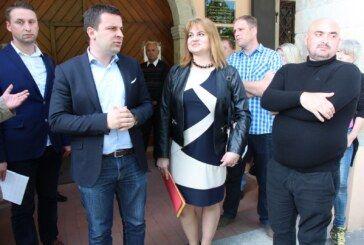 DARIO HREBAK, kandidat za gradonačelnika predao zajedničku listu kandidata za Gradsko vijeće grada Bjelovara