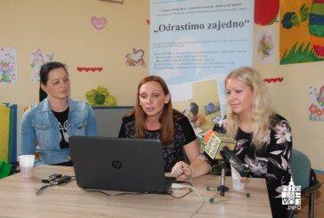 """Udruga Bjelovarski leptirići održala završnu konferenciju projekta za pomoć djeci """"Odrastimo zajedno"""""""