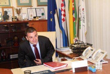 Novi gradonačelnik Dario Hrebak preuzeo vlast u Gradu Bjelovaru