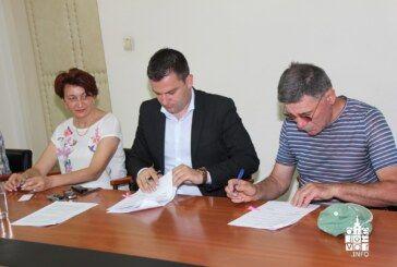 U Gradu Bjelovaru potpisani ugovori o radu na određeno vrijeme s pet osoba unutar Programa javnih radova