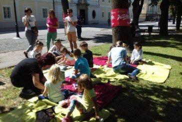 """""""Čitaonica – radionica"""" svaku subotu u gradskom parku !"""