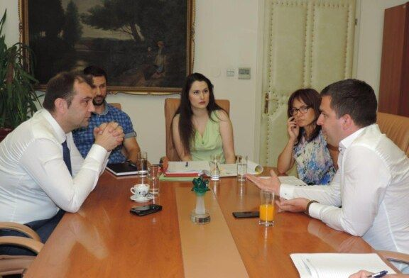 Gradonačelnik Dario Hrebak sastao se danas s Mariom Šiljegom, tajnikom Ministarstva zaštite okoliša i energetike