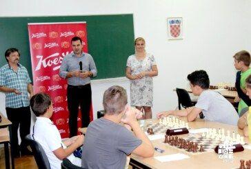 Povodom Međunarodnog šahovskog turnira, u Bjelovar pristiglo preko 70 igrača iz Hrvatske i inozemstva