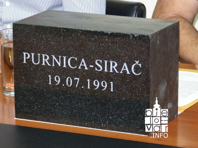 "Veterani Moto kluba Bjelovar sudjelovali u defileu ""Jaši do zida"