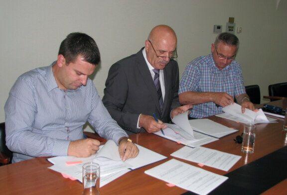 Grad Bjelovar potpisao ugovor s Čazmatrans – Nova d. o. o. za prijevoz učenika osnovnih škola u 2017./2018.