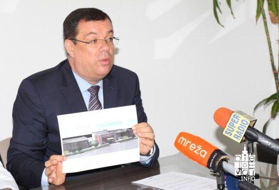Župan Bajs zajedno s ravnateljem bolnice i direktorom Razvojne agencije potvrdio da je projekt izgradnje bolnice predložen za potpis ugovora za odobrenje 70 milijuna kuna europskog novca