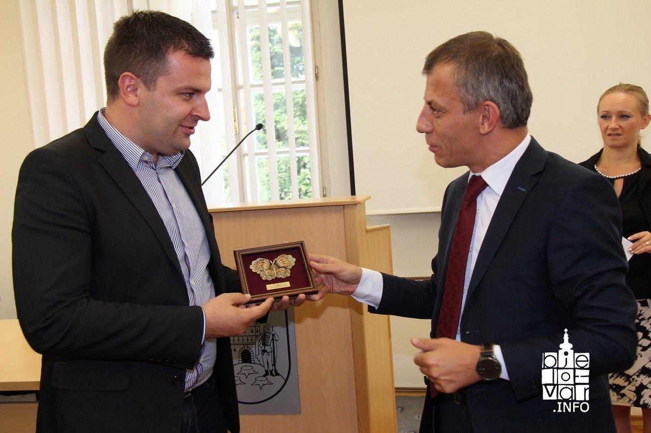 Bjelovar posjetio Edmond Ademi, makedonski ministar za dijasporu, najavljena  bolja suradnja Hrvatske i Makedonije