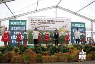 Folklorne skupine Zajednice Mađara grada Bjelovara nastupile na Jesenskom međunarodnom bjelovarskom sajmu