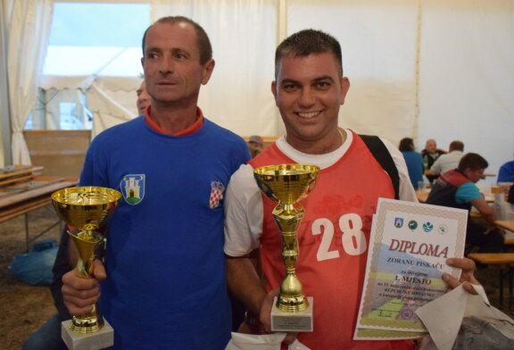 Na 15. Natjecanju u oranju Republike Hrvatske, Zoran Piskač i Radivoj Rekić najbolji hrvatski orači
