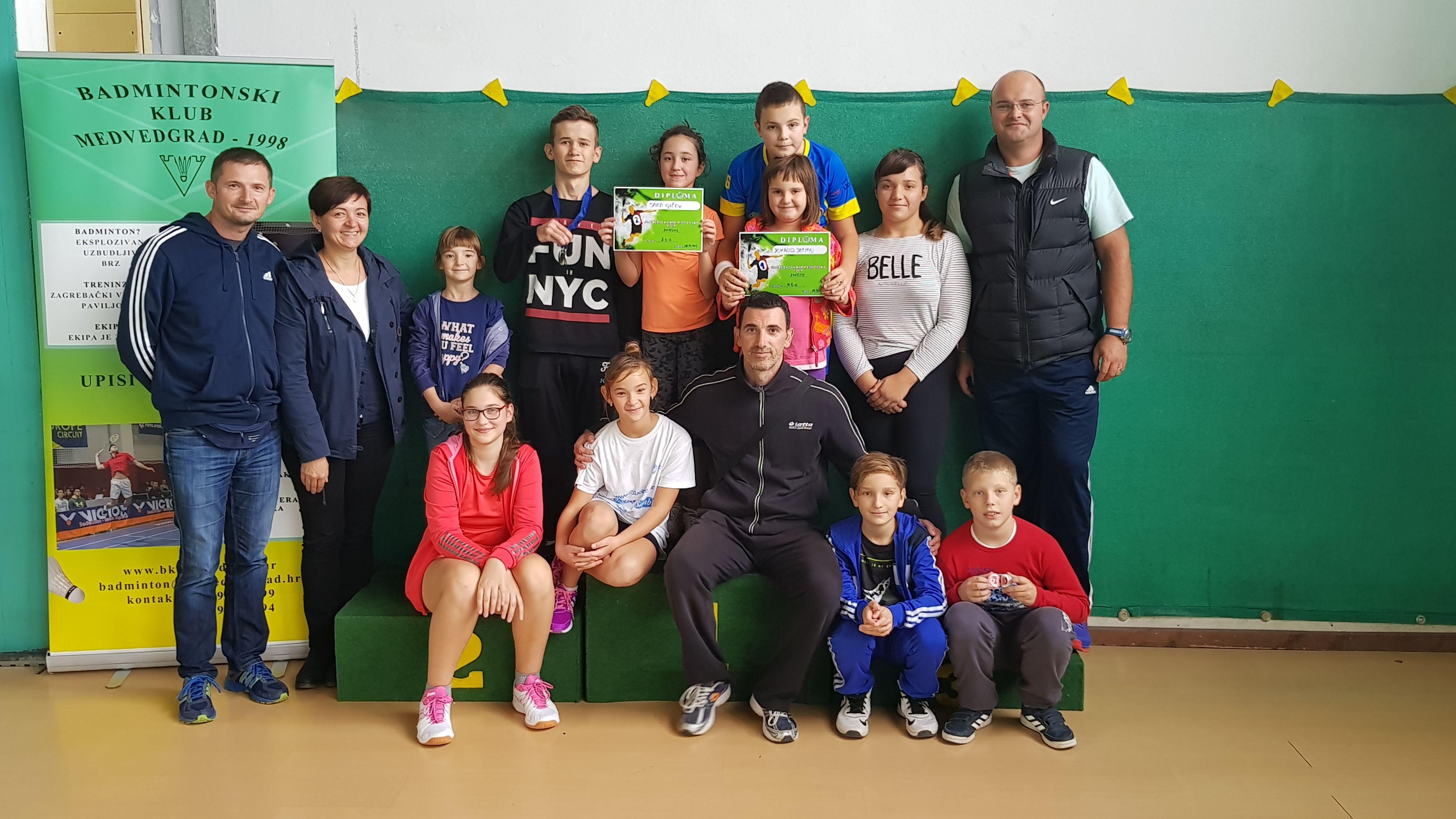 U prvom kolu Zagrebačke badmintonske lige nastupilo 12 polaznika badminton kluba Bjelovar