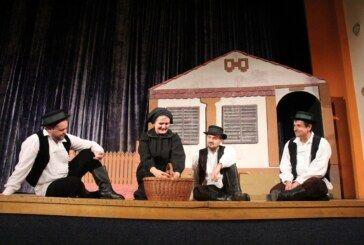 """""""Tri jablana"""" predstava nastala prema istinitom događaju dirnula bjelovarsku publiku"""