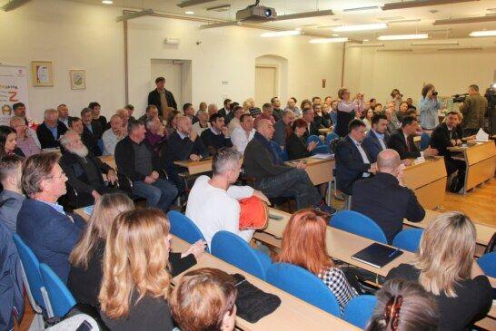 Veliki broj gospodarstvenika odazvao se panel-diskusiji na temu investicijskog potencijala u Gradu Bjelovaru i predstavljanju potpora poduzetnicima