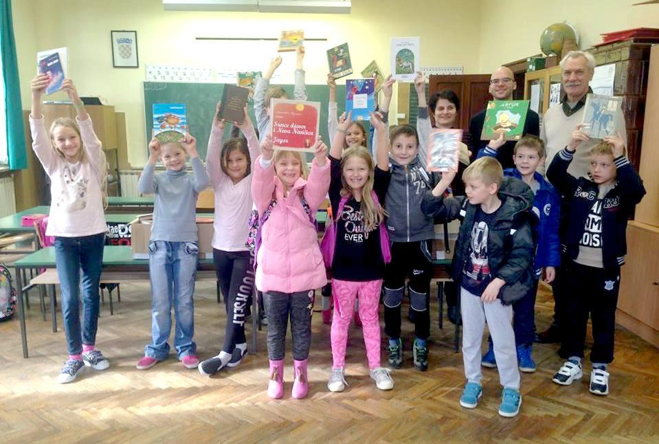 ZAKLADA ZAMAH darovala knjige područnoj školi Gornje Plavnice