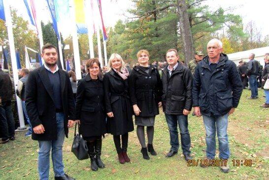 Odana počast poginulim braniteljima Domovinskog rata 1991.-1995. na Novljanskoj bojišnici Trokut-Novska