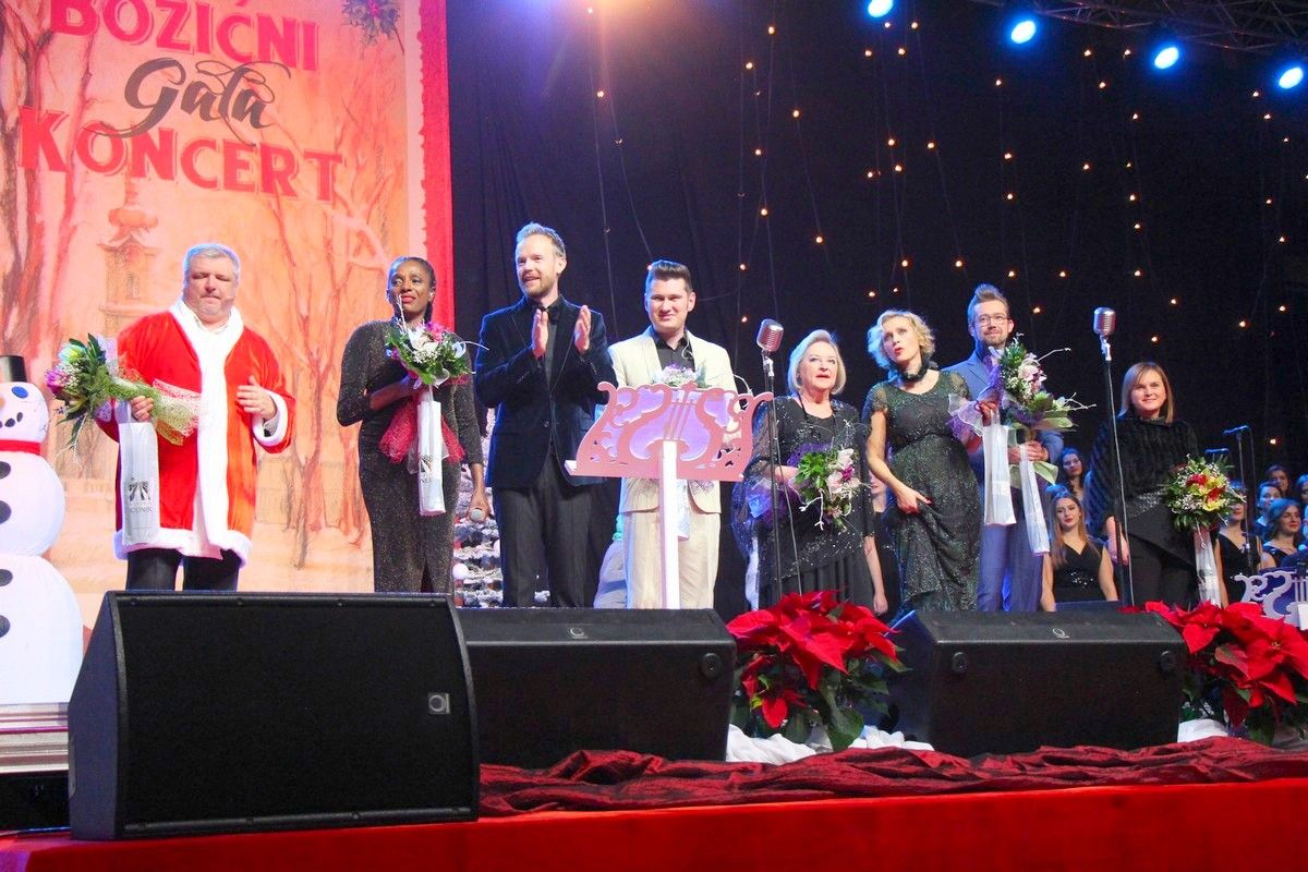 15. jubilarni Božićni gala koncert napunio bjelovarsku dvoranu