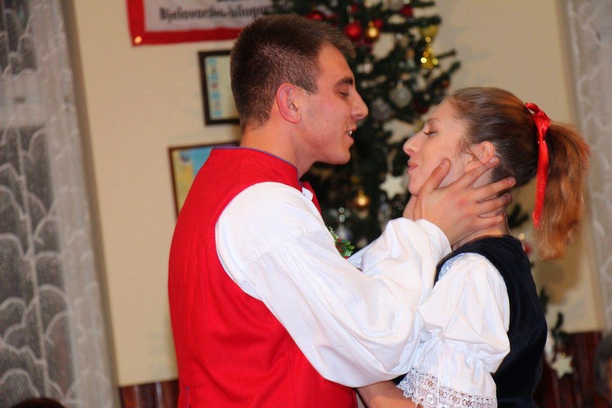 Češka obec Bjelovar - Božićni koncert uz prikaz čeških božićnih običaja