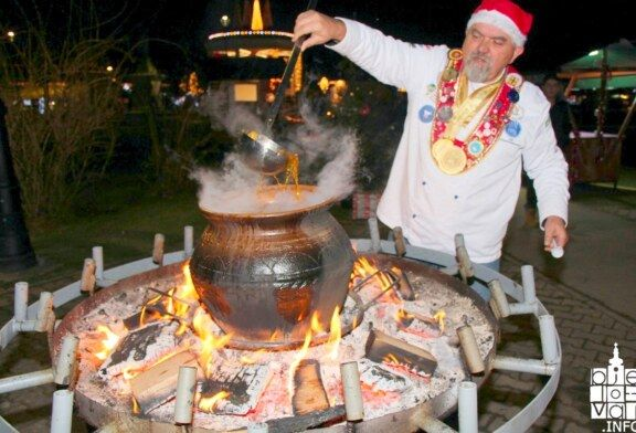 Od svadbarskog kupusa do šarana na rašljama – hrana za dušu na Adventu u Bjelovaru