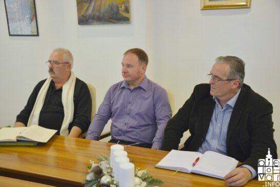 Predstavnici nacionalnih manjina u pripremi sastanka s predsjednicom Republike Kolindom Grabar-Kitarović