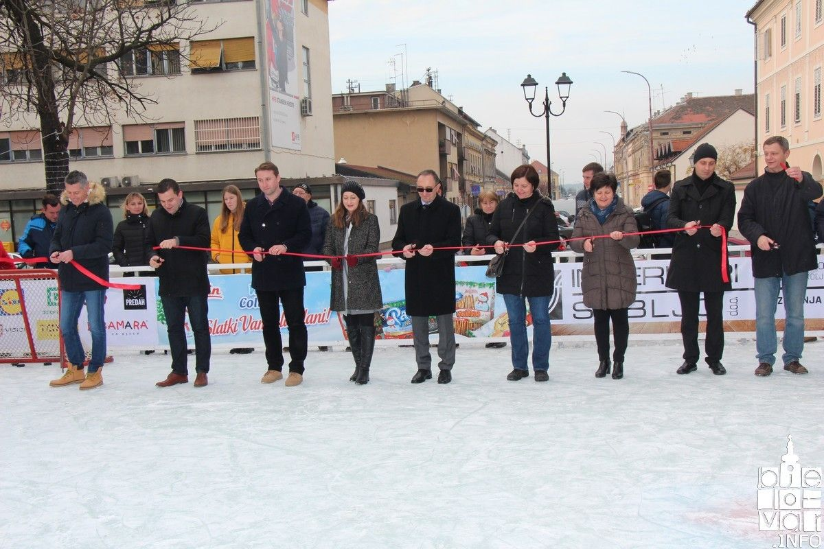 Svečano otvoreno Bjelovarsko klizalište na kojem su nastupili hokejaši Medvešćaka
