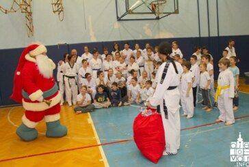 51 član Taekwondo kluba Bjelovar položio za novi pojas, a nakon polaganja Klub je organizirao podjelu poklona za nadolazeće blagdane