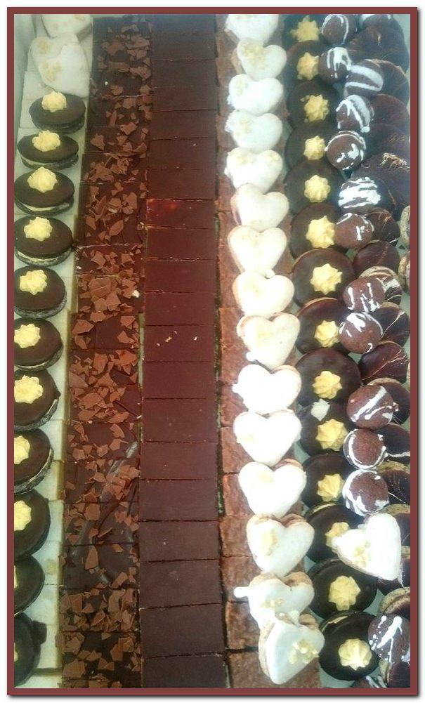 razne vrste kolača