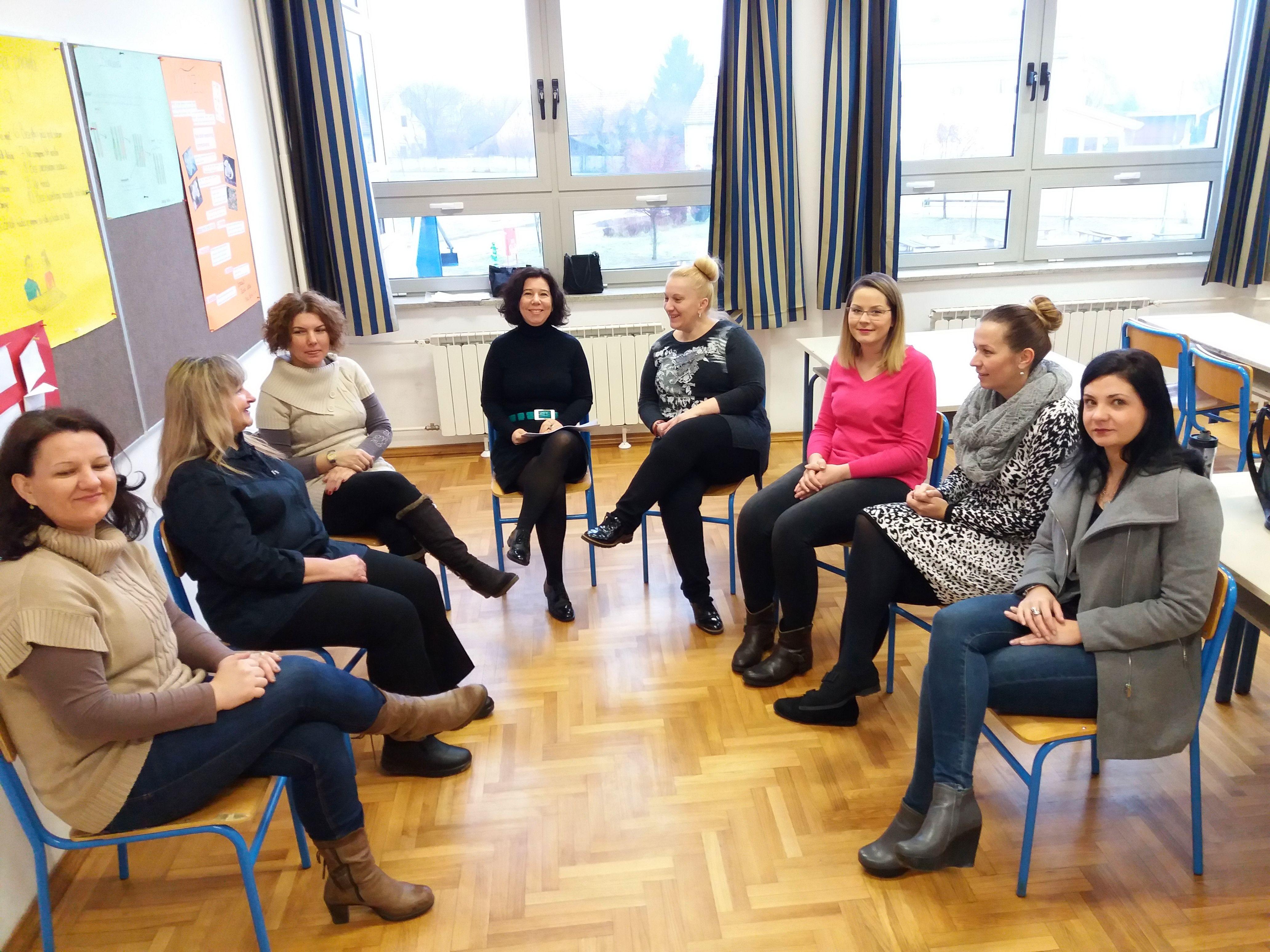 Nastavnici Medicinske škole Bjelovar započeli sa stručnim usavršavanjem Integrativne supervizije