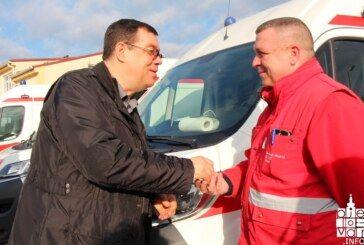 Župan Damir Bajs uručio ključeve novih pet vozila za potrebe Doma zdravlja BBŽ