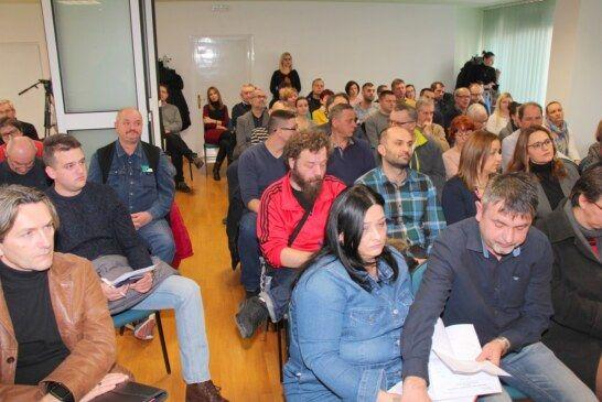 Poduzetnici i obrtnici zadovoljni s mjerama Grada Bjelovara koje je predstavio zamjenik gradonačelnika Igor Brajdić