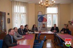 Župan Bajs u Daruvaru najavio Mjesec češkog materinskog jezika i uručio donaciju