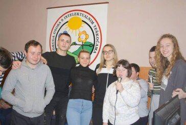 Učenici Komercijalne trgovačke škole Bjelovar volontirali za vrijeme praznika