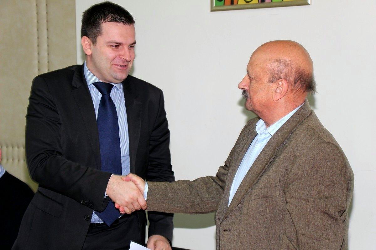 "Grad Bjelovar i općina Veliko Trojstvo potpisali SPORAZUM o provedbi projekta sanacije odlagališta otpada ""Grginac"""