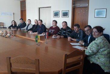 U polovici Mjesnih odbora na području Grada Grubišno Polje pobijedila koalicija stranaka Damir Bajs nezavisna lista, SDP, HNS, HSS braće Radić, BUZ