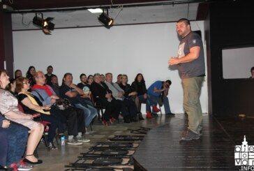 """Bjelovarsko kazalište s predstavom """"Stvaran svijet oko mene"""" otvorilo 16. BOK Fest"""