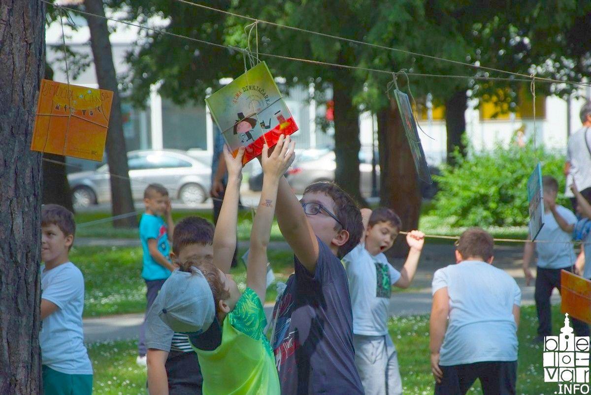 Bjelovarski mališani uživali u manifestaciji Uberi priču
